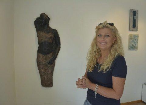 Dronningen av SABA: Aino Jensen (51) jobbet med skulpturen «Queen of Sheba» i over en måned.