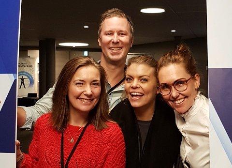 FORNØYDE: Eline Løitegaard, Christofer Engström, Linn Kihlberg og Charlotte Riis har grunn til å være fornøyde.