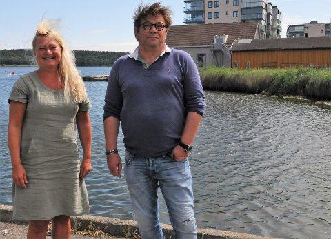 AP-politikerne Anne Rygh Pedersen og Per Martin Aamodt ønsker å lytte til Tønsberg roklubs ønske om båthuset (oransje, bak) og å holde Leca-tomten fri for boligblokker.