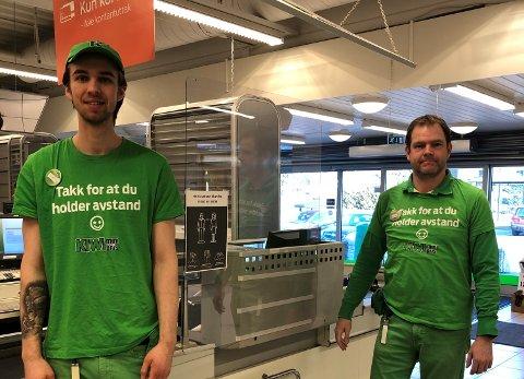 PÅSKE: Butikksjef Christian Jørnsen ønsker kundene velkommen til KIWI Vestskogen, og oppfordrer folk til å ta påskehandelen tidlig i år.