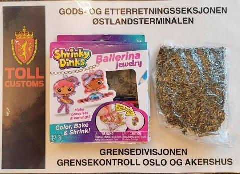 Tirsdag ble det beslaglagt en sending fra Storbritannia til mann bosatt i Skoppum. Det ble gjort funn av 74 gram cannabis, forsøkt skjult i et tegnesett til barn.