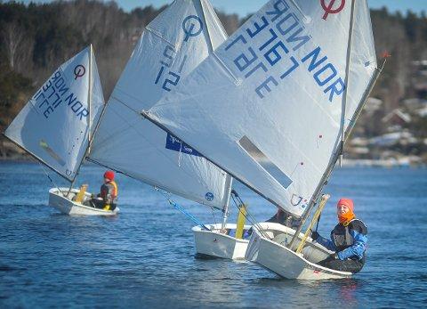 PÅSKESAMLING: Seilere fra fylkene rundt Oslofjorden var samlet til treningsleir i Son fra lørdag 24. mars til tirsdag 27. mars.