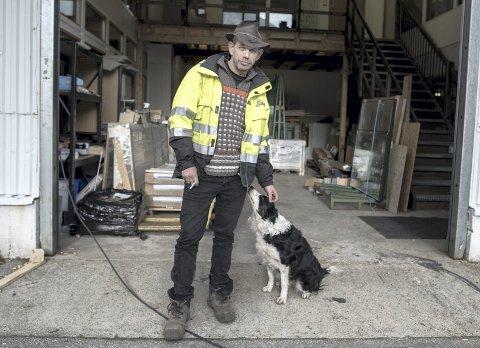 Leif Einar «Lothepus» Lothe ringte til Odda kommune da de trengte boliger til kommunens rusmisbrukere. De siste årene har kommunen hatt et lavterskeltilbud på Lothepus sin tomt og brakker.