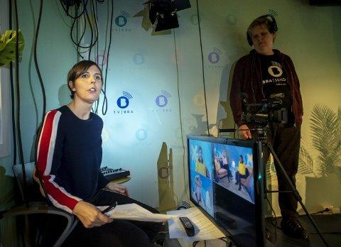 LIV ELLER DØD: Camilla Kvalheim har bygget opp TV Bra, som er blitt en viktig kanal av og for utviklingshemmede. Dersom ikke politikerne kommer på banen vil TV-kanalen legges ned. – Det ville være trist om alt arbeidet har vært forgjeves, sier Kvalheim.FOTO: EIRIK HAGESÆTER