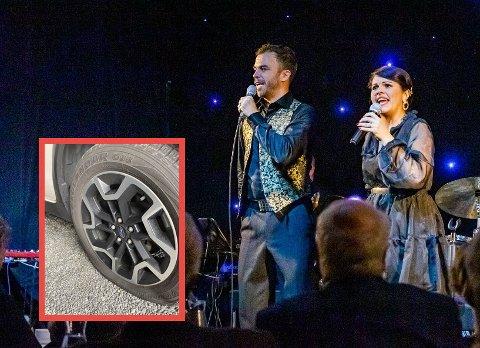 Renate og Morten Gjerløw Larsen fikk begge sine biler vandalisert i løpet av natt til søndag.
