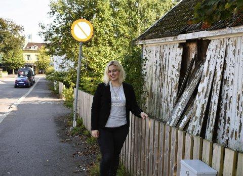 PASSER BRA: Pernille Bruun Lie mener eiendommen Prestegata 1 til 3 vil passe bra til nye studenthybler. - «Drømmen om Horten» lever, og folk har blitt flinkere til å bruke byen sin. Nå må vi også trekke studentene inn til Horten, sier Bruun Lie i Venstre.