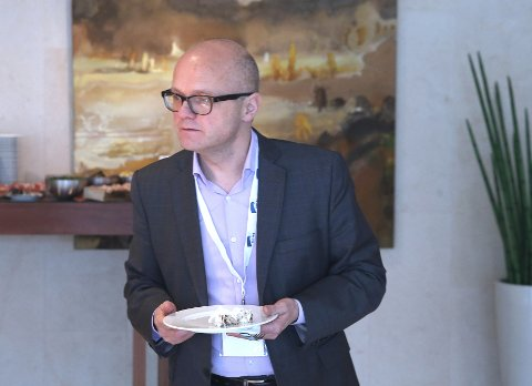 RYDDER OPP: Miljøvernminister Vidar Helgesen tvinges til Stortinget av Olemic Thommessen og sine partikolleger for å rydde opp i den betente ulvesaken. Foto: NTB scanpix