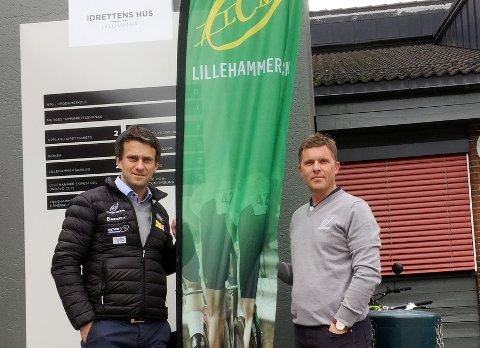 VM-FEST: Erling Høyem (t.v.) og David Tofthagen er klar for de siste dagene av VM i Bergen og jobber med få en plass i sentrum der de inviterer alle lokale fans til VM-festen. Foto: Kjell H. Vollan