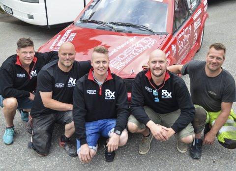 TEAM EIDSAND: Kai Eidsand sammen med teamet som gjør mye av jobben under løpene. Fra venstre Henning Groff, Kai Eidsand, Kjetil Bakken, Stig Granheim, Hans Olav Hagen.