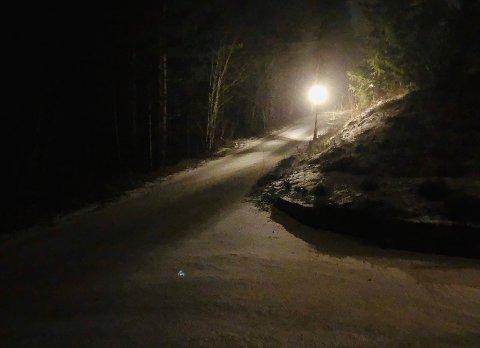 SNØ: Torsdag morgen med snø og vind.
