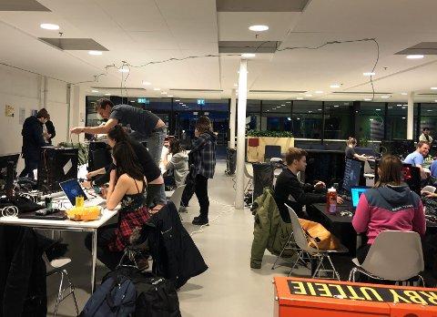 LAN: Fra IT-studentenes LAN på Høgskolen i Østfold.