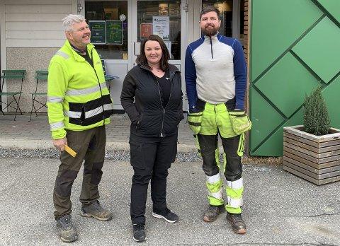 Medlem: Inge, Siv Anne og Geir Atle Nedrevåg ønsker å bli ein endå betre leverandør til dei som skal bygge hus og hytter.foto: privat