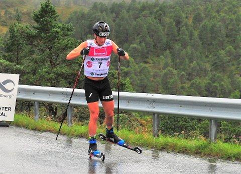 VERDENSCUP: Et av vinterens store mål for Gaute Kvåle er å få gå verdenscup i Davos. Han må prestere i de første rennene for å få lov til å gå i Sveits.
