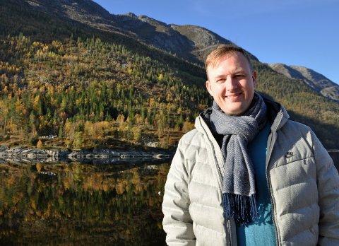 FREMMER UTDANNING: Rune Krutå, leder for Vefsn Ap, ønsker seg en utdanning for vindkraftteknikere i Mosjøen når Øyfjellet vindpark står klar.