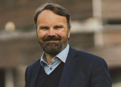 Bjørn Laksforsmo går til en lederjobb i Statens vegvesen.