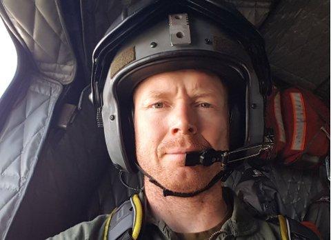REDNINGSMANN: Mats Hammersgård jobber som redningsmann på Sea King-helikopteret på Banak for 330-skvadronen. Han forteller om en tøff, men veldig spennende arbeidshverdag.