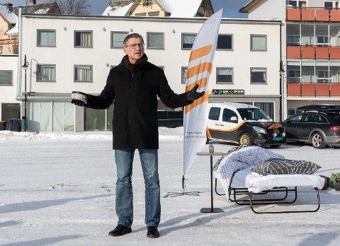 MODERNISERES: Direktør ved UiT Harstad Karl Erik Arnesen sier at arbeidet med å bygge om universitet har blitt forsinket av flere grunner, men nå er det igjen fart i å modernisere skolen som ble bygget for 25 år siden.