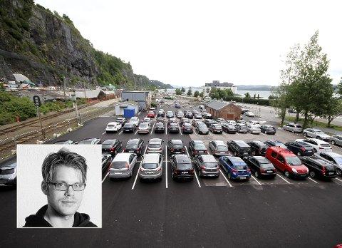 NY BYDEL: På innsiden av fylkesveien, rundt stasjonen, eier det offentlige store områder. Hvordan bør dette utnyttes til byens beste, spør redaksjonsleder Magnus Franer-Erlingsen (innfelt).