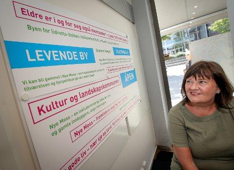 Ordfører i Rygge, Inger-Lise Skartlien, er i gang med å se på alle bidragene som har kommet inn om nye Moss kommune.