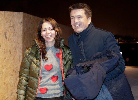 NYE KJÆRESTER: Ole Robert Reitan og Maria Carmona ankommer åpningen av helårsarenaen SNØ. Foto: Vidar Ruud (NTB scanpix)