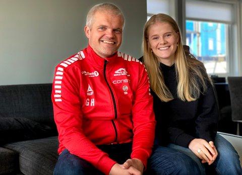 FAST SUPPORTER: Å komme hjem og kunne bo hos datteren Mia og familien har vært viktig for TILs nye trener Gaute Ugelstad Helstrup.
