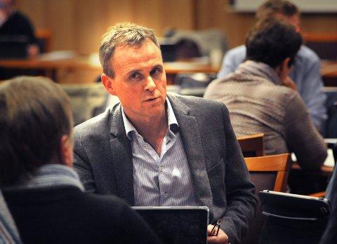 – OPPLEVER MISTILLIT: – Jeg har jobbet på min måte. Det har slått positivt ut blant velgerne, men ikke hos ledelsen i eget parti, sier Anders Vildåsen. Han går løs på fire nye år i kommunestyret uten parti.