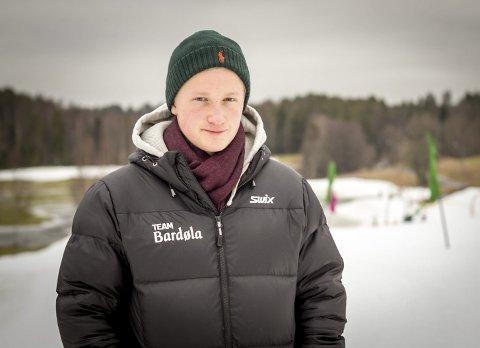 SPENT: Erlend Hokholt er litt spent på hva som møter ham i EM. 19-åringen fra Oppegård går sine første internasjonale renn i Nove Mesto denne helgen. FOTO: Atle Larsson