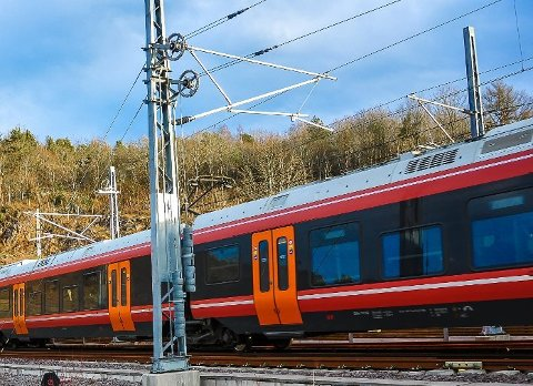 UTBEDRINGER: Det skal gjøres en del arbeid på Vestfoldbanen i sommer, noe som betyr et redusert togtilbud. (Arkivfoto)