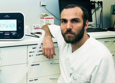 HEKTISK UKE: Vegar Vinje jobbet som intensivsykepleier i Akershus i forrige uke. Noen dager seinere ble han pappa til tvillinger. Arkivfoto: Torild Wika