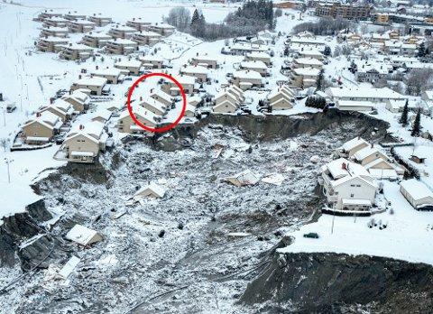 RASOMRÅDET: To ungdommer har erkjent å stå bak et tyveri fra en bolig innenfor det evakuerte området i Gjerdrum.  Foto: Gorm Kallestad