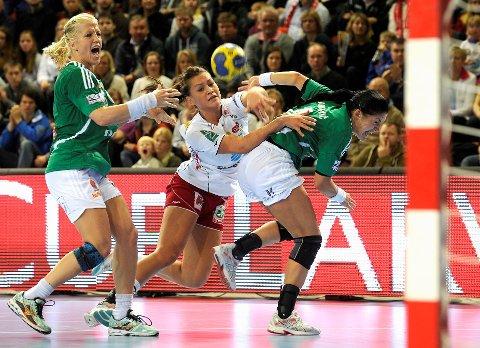 TIL VM: Både Heidi Løke (t.v.) og Amanda Kurtovic er med i VM-troppen til Thorir Hergeirsson.