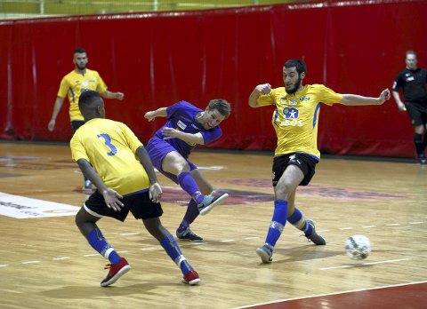 SERIEMESTER: Per Martin Haugen er inne i sin 13. sesong for Sandefjord Futsal. Lørdag ble han og lagkameratene seriemestere etter seier over Grorud. ALLE foto: ANN KRistin SaastaD