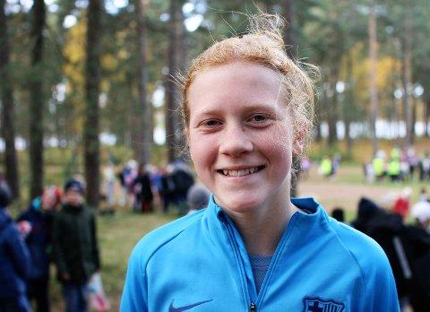 FLOTT INNSATS FOR ANDRE BARN: Selma Åsheim-Eriksen la ned en kjempeinnsats under løpet i Landeparken. Bidraget fra familien til årets innsamlingsaksjon blir på 230 kroner.