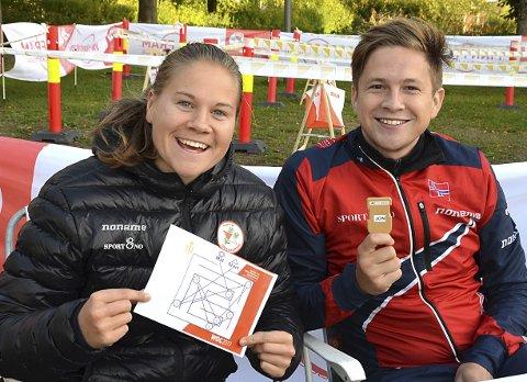 ARRANGØRENE: Heidi Mårtensson og Sondre Ruud Bråten hadde ansvaret på Mysen torg.