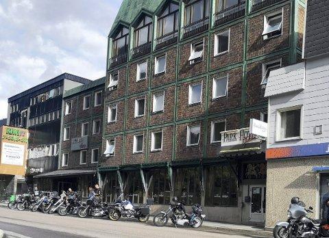 IKKE FORNØYDE: Sommergjest trodde ikke det var mulig å finne et så dårlig hotell i Norge. I følge tilbakemeldinger på Tripadvisor har Park Hotel mye å gjøre skal de rette opp inntrykket til neste sommer.