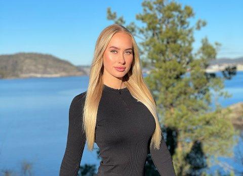 SPREK ELEKTRIKER: Elisabeth Evensen startet med bikinifitness i 2018. Følgerne strømmet til for jenta som har vunnet omtrent alt hun har vært med på. Foto: Privat