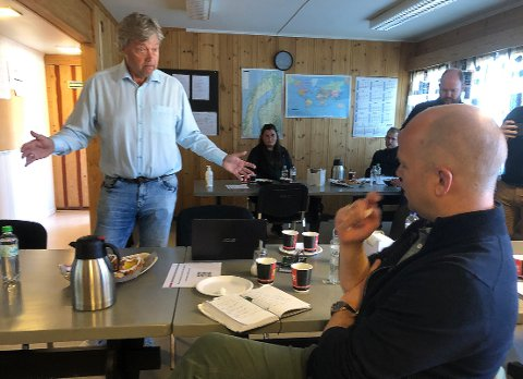 Terje Talgø i Talgø-konsernet stevner Staten. Sp-leder Trygve Slagsvold Vedum (nærmest) forstår frustrasjonen Talgø opplever.