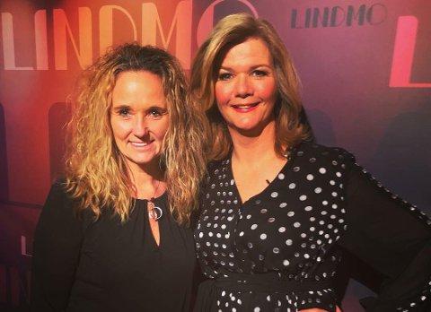 MØTTES: Ellen Eriksen var onsdag kveld publikummere under opptaket av programmet Lindmo på NRK. Det holdt nesten på å gå helt galt. Dette bildet ble tatt etter at opptaket var ferdig og Ellen Eriksen (til venstre) fikk møte Anne Lindmo.