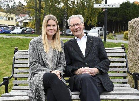 Politiske samarbeidspartnere: Aldersforskjellen mellom Gunhild Lunde-Lahiff og Arne Bjørnstad er 53 år. De befinner seg dessuten på hver sin fløy politisk. Foto: Olav Loftesnes