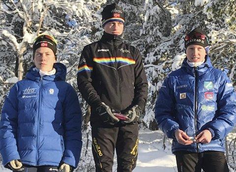 LØSNET: Halvor Sørbø (til høyre) hadde en mye bedre søndag enn lørdag og gikk inn til tredjeplass i Hovdenrennet. Søndag venter Osebergrennet på Stokke, før det er Svarstadrennet i romjula.