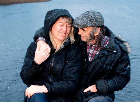 Cecilie Leganger og musikkprodusent H.P. Gundersen feira fredag inngåinga av ekteskapet.