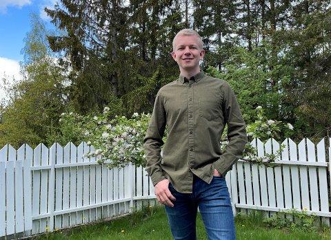 VANSKELIG BOLIGMARKED: Fredrik Rydland forlater Drammen av flere grunner, hvor én av dem er boligmarkedet.