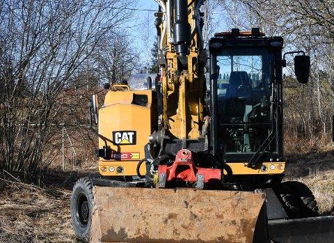 Hjulgraveren som kommunen har leaset i to år skal nå leveres tilbake.
