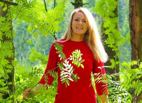 AVTALE: Ingeborg Sol Fure (40) har signert ein intensjonsavtale saman med Cappelen Damm.