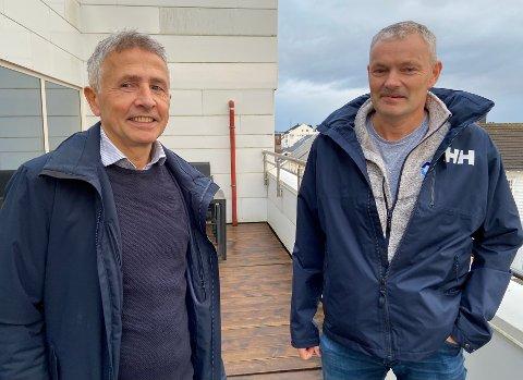 FANN SAMAN: Trond Økland og Nils Tore Karstensen på balkongen på Kvartalet. No vil dei utvikle bygningen og skape meir vekst.