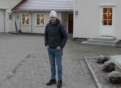 VAR SKISMØRER: – Leger jeg har vært i kontakt med ser ikke bort ifra at det kan være en sammenheng mellom sykdommen og mine år som skismører for landslaget og Swix, sier Jon Erik Knotten.