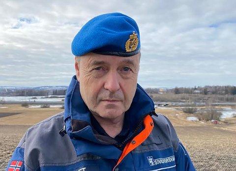 Distriktssjef Kaare Kveset i Sivilforsvaret sier de er rede til å bistå kommunene dersom hyttefolket ikke frivillig forlater hyttene sine.