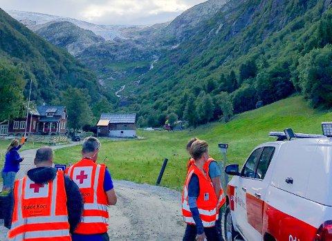 Røde Kors: på Buer redningsaksjon.