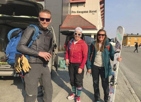 ERFARING: Disse tre guidene har masse erfaring. Lars Berge, Jessica Arvo (t.h.) og Anne Marte Almås.