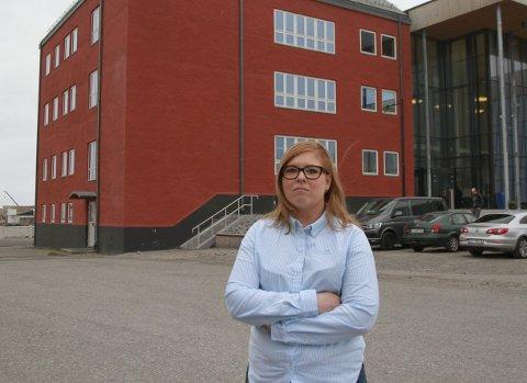 KREVER OPPFØLGING: Christine Nilssen (H) er bekymret for barnas rettssikkerhet etter at tilsyn avdekket lovbrudd ved barnevernstjenesten i Vardø. Nå krever hun at politikerne i kommunen følger opp saken.